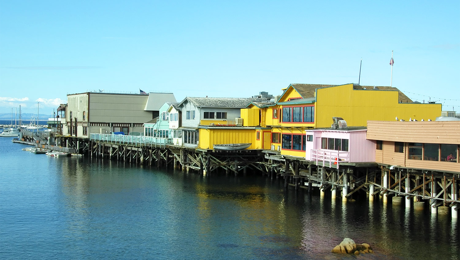 Enjoy our convenient location within walking distance to top Monterey, CA attractions